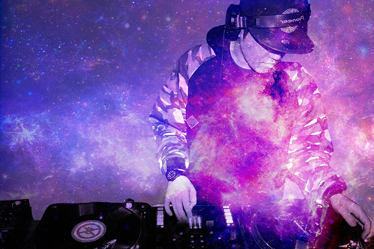Stylized image depicting a DJ.